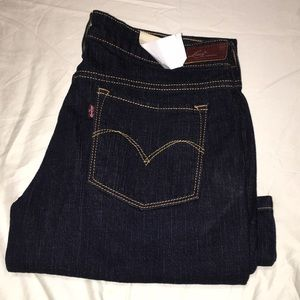 Levi's Slight Curve Skinny Boot Size 29 New